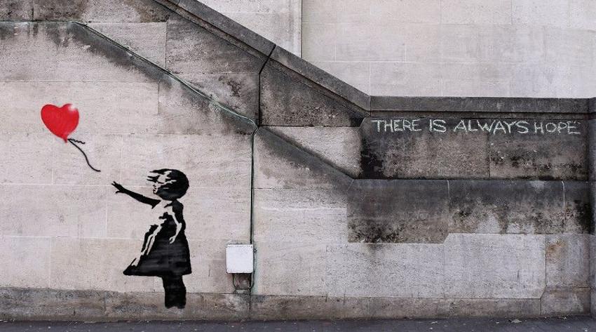 Banksy-–-Girl-and-Balloon-London-2002