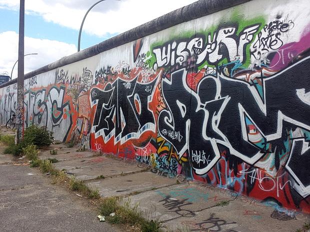 berlin-wall-graffiti-2014-08